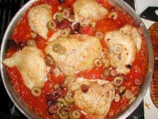 Pileći karabataci u sosu od paradajiza