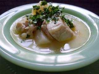 Riba u belom sosu