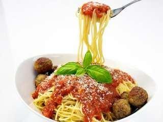 Špagete sa ćuftama i sosom od paradajiza